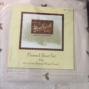 King size Flannel Sheet Set by Woolrich